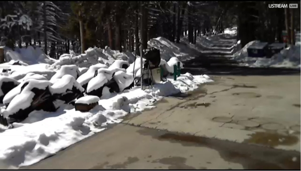 Snowplows-had-Huntington-Lakeshore-Drive-cleared-today.jpg
